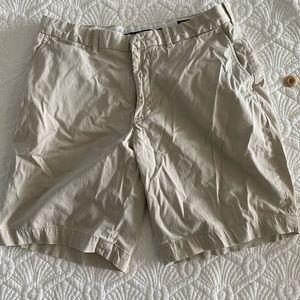 EUC Men's size 33 Ralph Lauren Golf shorts
